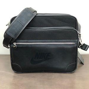 Nike VTG Bowling Leather Luggage Bag